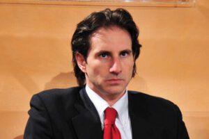 Esposito jr, il Pm figlio di Pm amico di Nicole Minetti e deluso da Berlusconi