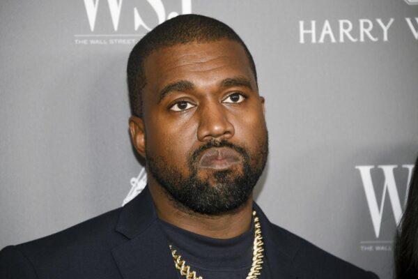 """Il rapper Kanye West sfida Trump e Biden: """"Sono in corsa per la presidenza degli Stati Uniti"""""""