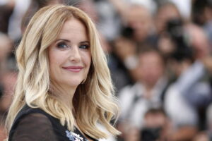 Com'è morta Kelly Preston, l'attrice moglie di John Travolta