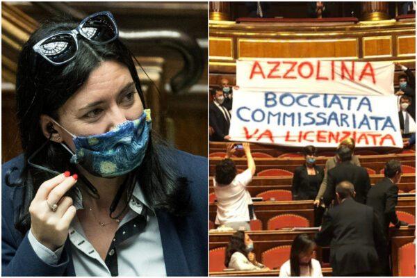 """Il Senato come uno stadio, striscione contro la ministra Azzolina: """"Va licenziata"""""""