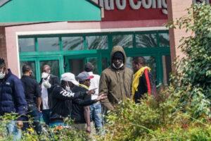 Coronavirus, focolaio in centro di accoglienza: 7 migranti positivi nel Casertano