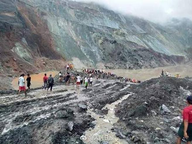 Strage in Myanmar, oltre 100 morti per una frana in una miniera di giada