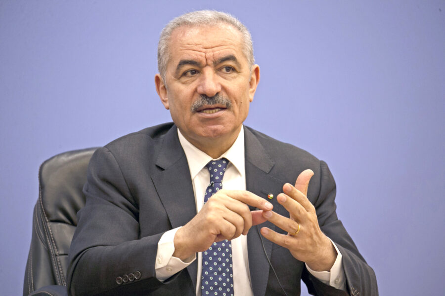 """Parla il premier palestinese Mohammad Shtayyeh: """"Non ci arrenderemo, l'Europa si schieri"""""""