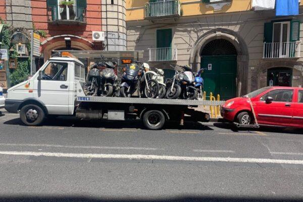 Napoli, 14mila euro di sanzioni e numerosi sequestri a meccanico di via Salvator Rosa
