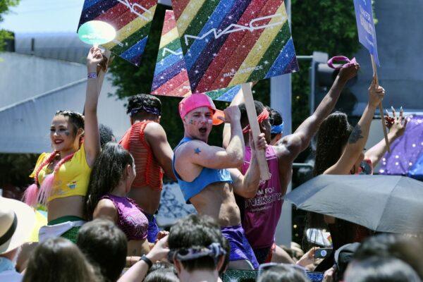 Omotransfobia, chi teme di non poter più odiare?