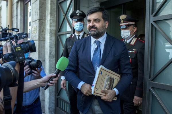 Processo Palamara, si va verso la farsa: il 16 ottobre la sentenza per la radiazione