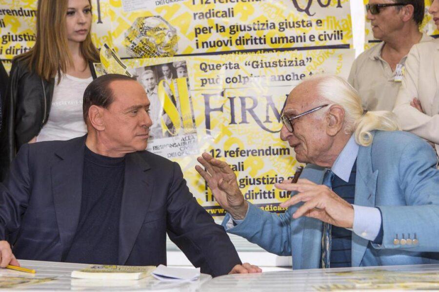 """Quando Pannella suggerì a Berlusconi: """"Contro te c'è accanimento, vai in esilio"""""""