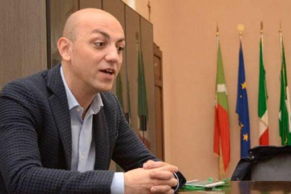 """Il sindaco leghista di Codogno smentisce il 'negazionista del Covid' Salvini: """"Venite a visitare il nostro cimitero"""""""