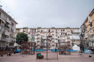 Napoli, il nodo non sciolto dell'informalità urbana
