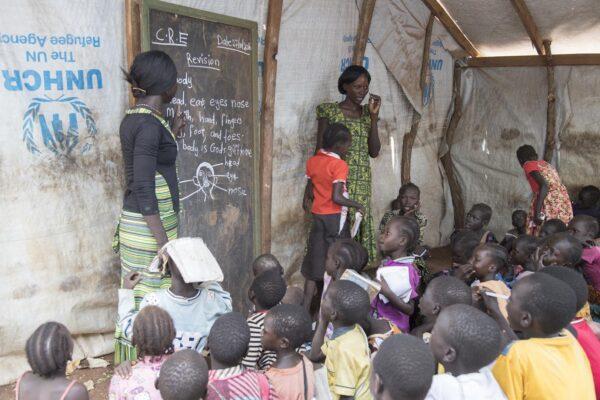Quasi 10 milioni di bimbi senza istruzione, il Covid ha allontanato una generazione dalla scuola