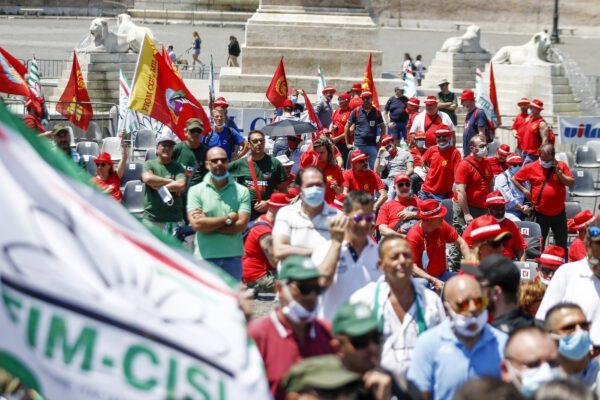 Tra governo e sindacati una liason basata sull'immobilismo