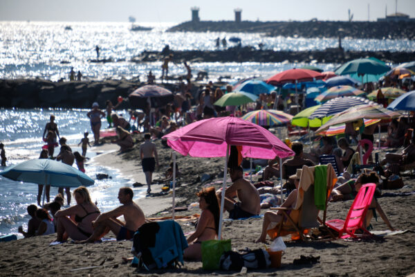 L'estate italiana dei prezzi folli, Venezia da record: per una giornata al mare fino a 453 euro