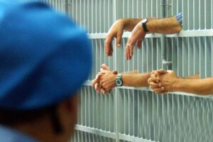 Ergastolo ostativo, le motivazioni della Consulta: collaborazione non può essere unica via per uscire dal carcere