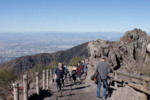 Agricoltura e turismo: Nel Parco del Vesuvio i giovani sfidano la crisi