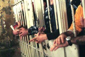 """Altro che rivolta in carcere, il garante: """"I giovani protestano per le restrizioni anti-Covid"""""""