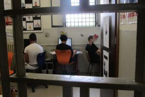 Laurearsi in carcere? A Secondigliano si può