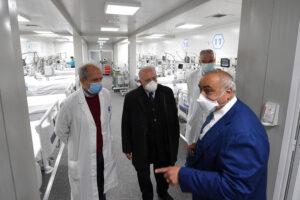 Il direttore generale dell'Asl Napoli 1 Centro Ciro Verdoliva con il governatore Vincenzo De Luca