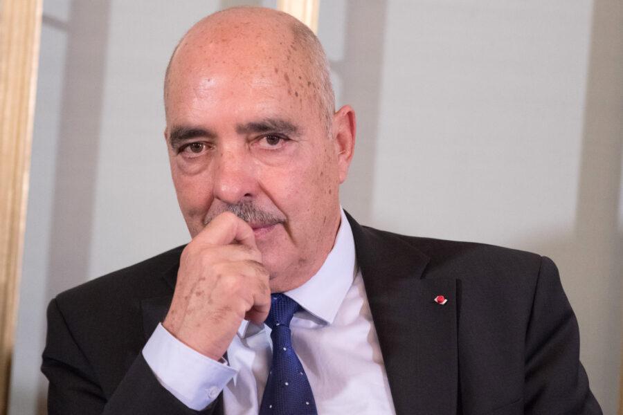 """Fuga dalla Tunisia, il Nobel per la pace: """"Basta soldi ai carcerieri, aiutateci a casa nostra"""""""