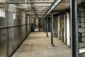 Il 41-bis è baluardo giustizialista fuori dallo Stato di diritto: inumano degradante e illegale, va abolito