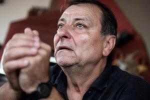 """Cesare Battisti sepolto vivo in carcere annuncia lo sciopero della fame: """"Isolamento illegittimo"""""""