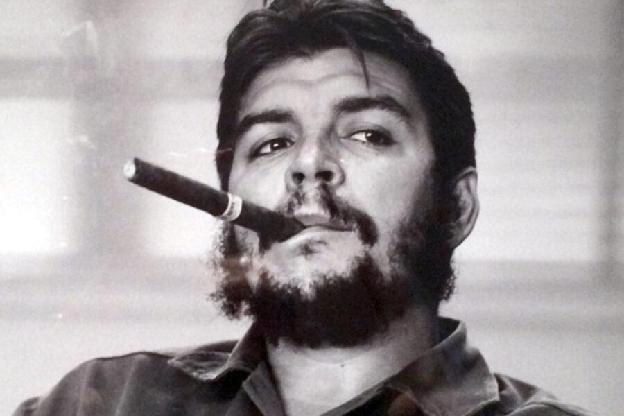 """""""Tra due minuti ti sparo"""", storia della morte di Che Guevara: """"Vigliacchi"""""""