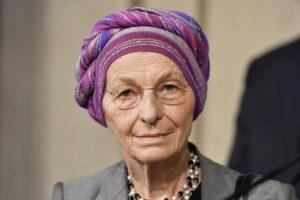 """Dramma in Libano, Emma Bonino: """"Non mettiamo una pezza, aiutiamolo a ricostruirsi"""""""