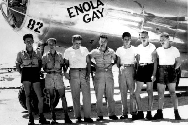 La storia di Claude Eatherly, il pilota divorato dal rimorso d'aver sganciato la bomba
