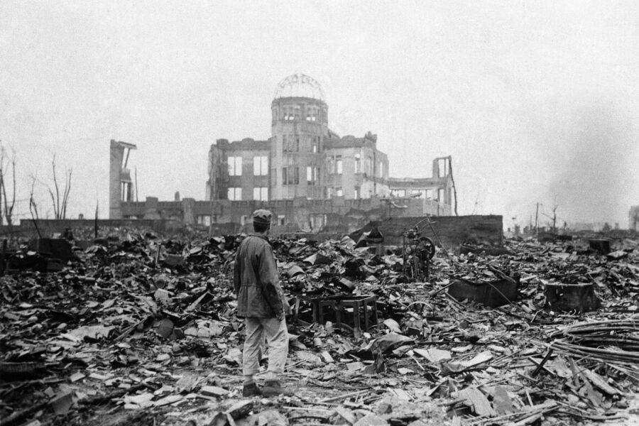 Hiroshima, 75 anni fa la bomba che distrusse tutto: era la città perfetta per provare l'atomica