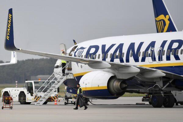 Londra, polizia antiterrorismo arresta italiano e kuwaitiano a Stansted: falso allarme