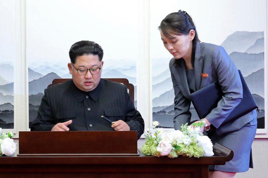"""Corea del Sud, Kim Jong-un cede alcuni poteri alla sorella: """"Motivi di stress"""""""