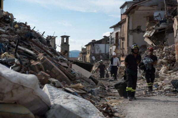 """Amatrice, a quattro anni dal terremoto la ricostruzione non decolla. Mattarella: """"Sono vicino alla popolazione"""""""