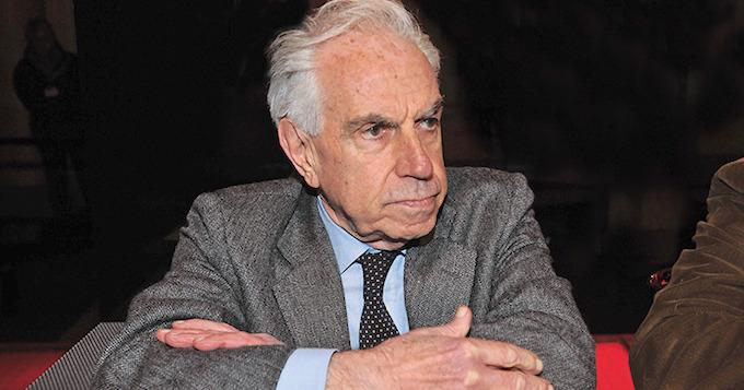 """La lezione di politica di Tronti: """"Il referendum? Scelta tra politica e antipolitica"""""""