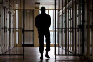 Dramma carceri, prosegue il silenzio di media e politica