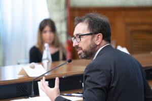 """Bonafede scontenta tutti, toghe di sinistra silurano la riforma: """"Csm in balia della politica"""""""