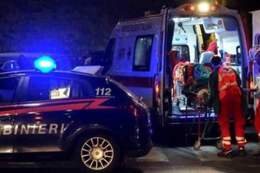 Omicidio nel Napoletano, inseguito e ucciso a colpi di pistola davanti una villa