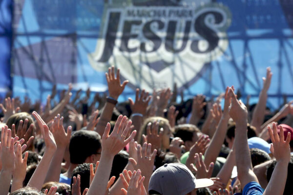 Chiese evangeliche, una truffa che funziona