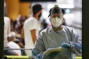 Bollettino Coronavirus, 1108 nuovi casi. Aumentano i ricoveri in terapia intensiva