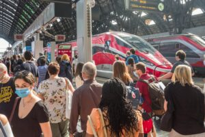 Caos treni, migliaia di biglietti sold out: continua l'esodo da Nord verso il Sud Italia