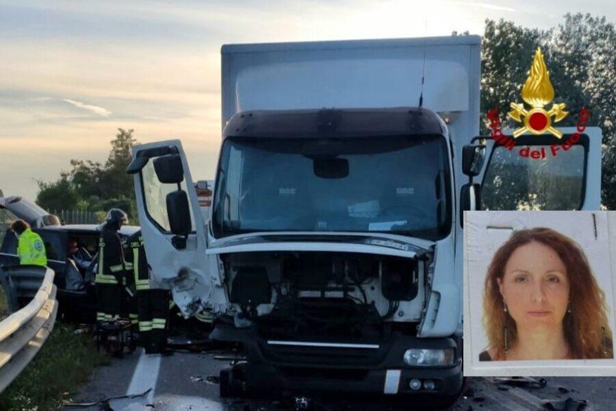 Terribile scontro tra camion e auto, muore a Venezia la zia di Ciro Esposito