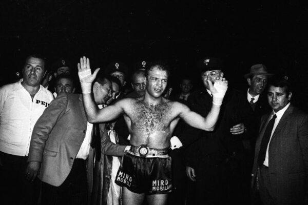 Lutto nel pugilato: è morto Sandro Mazzinghi, tra gli italiani più forti di sempre