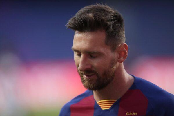 Messi vuole lasciare il Barcellona: via gratis con una clausola del contratto