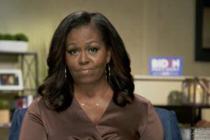 """Convention Dem, Michelle Obama all'attacco: """"Trump incapace, è il peggior presidente Usa"""""""