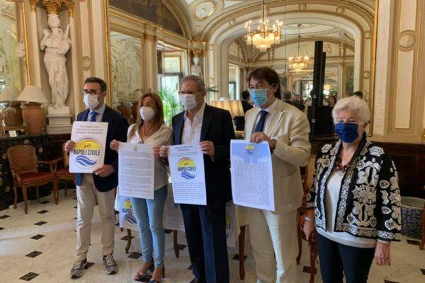 Il civismo salverà Napoli, a patto che non strizzi l'occhio a de Magistris