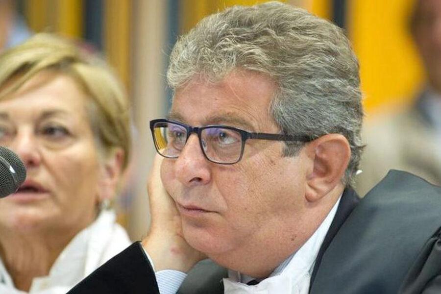 Giancarlo Pittelli difendeva un boss, per questo l'hanno lapidato
