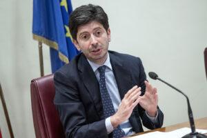 """Covid, il Ministro Speranza: """"Tampone obbligatorio per chi viene dalla Francia"""""""
