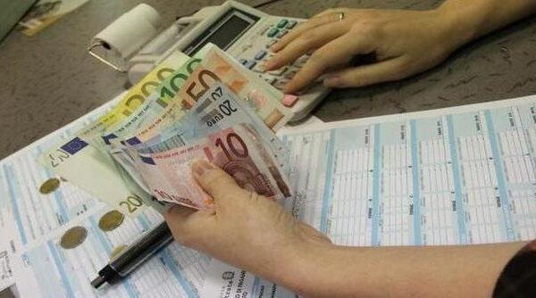 La Campania è la regione più tassata d'Italia ma con i servizi peggiori: servono investimenti