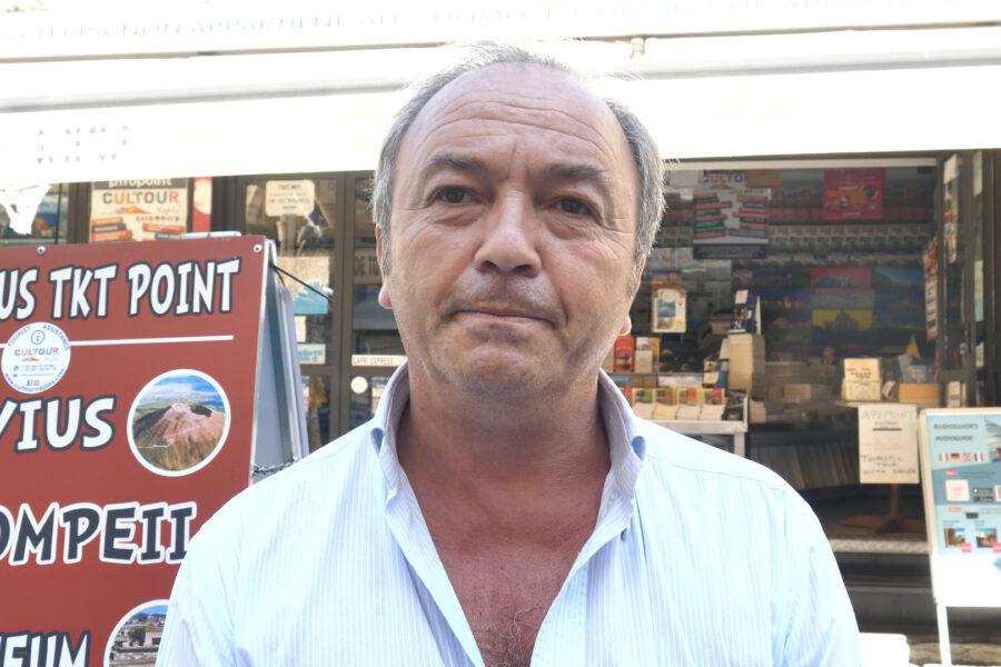 """Napoli, allarme turismo. La rabbia dei commercianti: """"Abbiamo perso il 70% dei ricavi"""""""