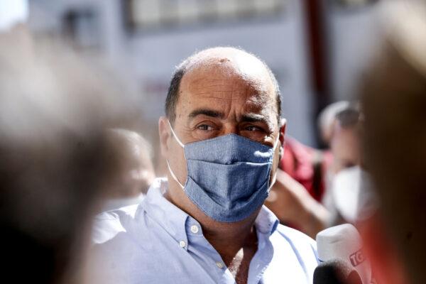 Taglio dei parlamentari, De Luca vota no: ora il Pd non può più balbettare