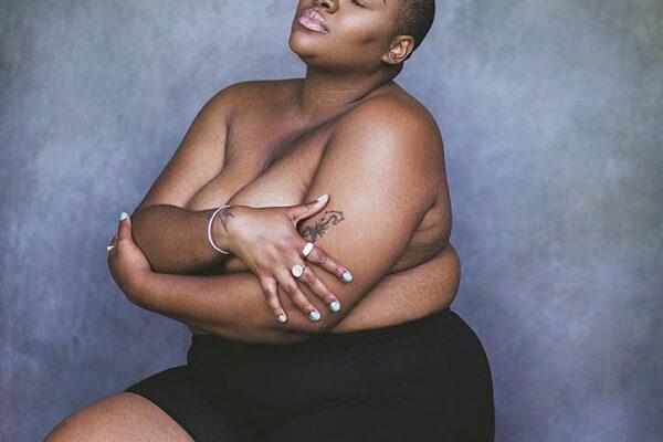 È grassa e nera, l'ipocrisia di Instagram che censura foto di modella curvy