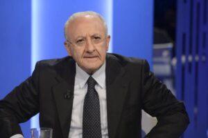 """De Luca, passo indietro sul lockdown in Campania: """"Ma Napoli e provincia zona rossa"""""""